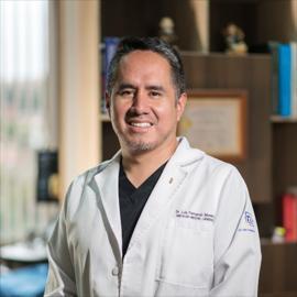 Dr. Fernando  Moreno Montes, Ginecología y Obstetricia