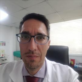 Dr. Christian Peñaherrera, Medicina General