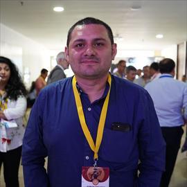 Dr. Adrian  Lara  Orozco, Ginecología