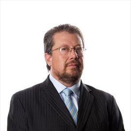 Dr. Freddy Rosendo Cardenas Heredia, Ginecología y Obstetricia