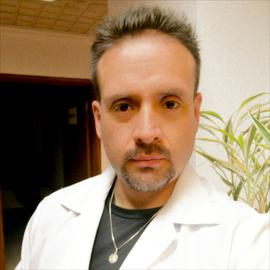 Dr. Angel Garzón, Ginecología
