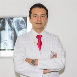 Dr. Carlos Xavier Erazo Santos, Urología