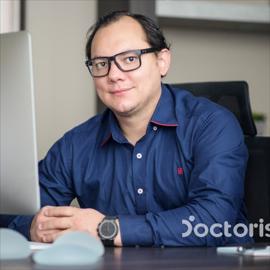 Dr. Pablo Andrés Iñiguez Peña, Cirugía Plástica Estética y Reconstructiva