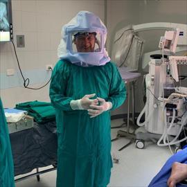 Dr. Pablo Agustin Ramos Guarderas, Prótesis de la Rodilla
