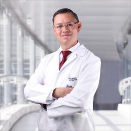 Dr. Fabricio Macías, Ginecología