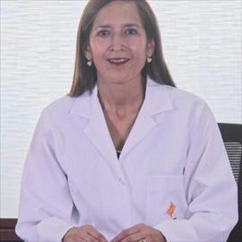 Dra. Giovanna  Santamaría  Vozmediano, Medicina Interna