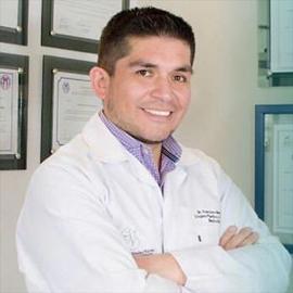 Dr. Francisco  Mendez  Torres, Cirugía Plástica
