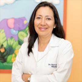 Dr. Beatriz Irene Benítez Rodríguez, Pediatría