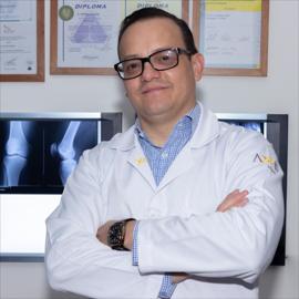 Dr. Germán  Salazar Arguello, Cirugía Ortopédica y Traumatología
