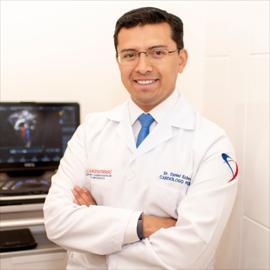 Dr. Daniel Orlando Echeverría  Espinosa, Cardiología Pediátrica