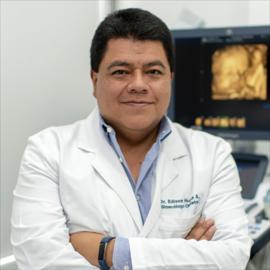 Dr. Edison  Huilca Alvarez, Ginecología