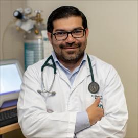 Dr. César Delgado, Neumología