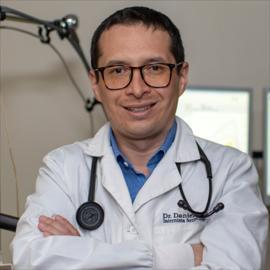 Dr. Daniel Polo, Neumología