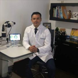 Dr. Luis  Freire, Oftalmología