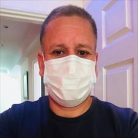 Dr. Freddy Silvio Lopez  Galarza, Medicina Interna