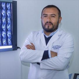 Dr. Daniel  Rosales, Ortopedia y Traumatología