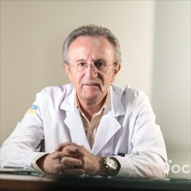 Dr. José Leonardo Asanza Heredia, Ginecología y Obstetricia