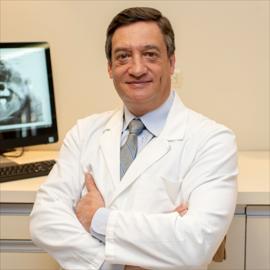 Dr. Marcelo Costales, Odontología