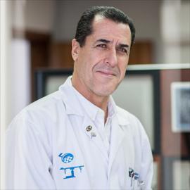 Dr. Pablo Fernando Arizaga Robalino, Cirugía General