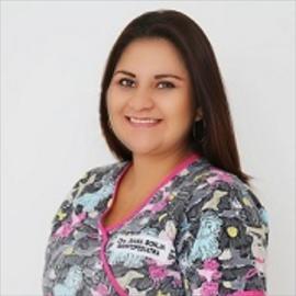 Dra. Diana Borja, Odontopediatría