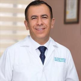 Dr. Cristian Espinosa, Ginecología y Obstetricia