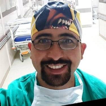 Dr. Fernando Morales, Cirugía Maxilofacial
