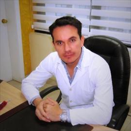 Dr. Harvey Esteban Pazmiño Villacreses, Dermatología