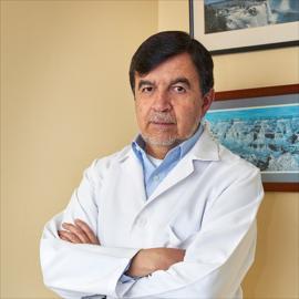 Dr. Luis Salas Niemes, Gastroenterología