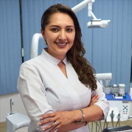 Dra. Sthefanie Palma, Odontología
