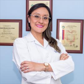 Dr. Gabriela   Escobar Pabón , Urología