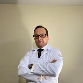 Dr. German  Salazar Arguello, Ortopedia y Traumatología