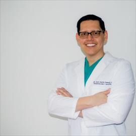 Dr. Juan Carlos Guevara Garay, Cirugía Ortopédica y Traumatológica