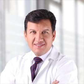 Dr. Lucas Felipe Pacheco Barzallo , Cirugía General