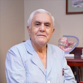 Dr. Carlos  Yerovi Moreno, Colposcopia