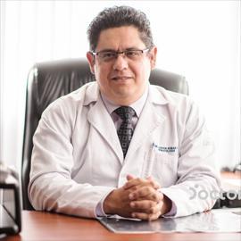 Dr. Adrián Reibán Espinoza, Hematología