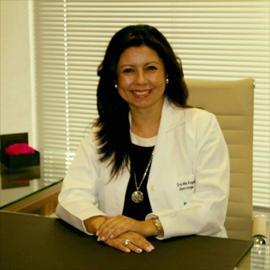 Dr. María  Eugenia  Castellanos Barrionuevo, Ginecología