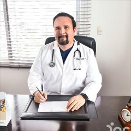 Dr. Fabian Ignacio Zambrano Andrade, Cirugía General