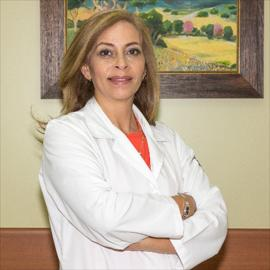 Dra. Alexandra Berrazueta, Cirugía Plástica Estética y Reconstructiva