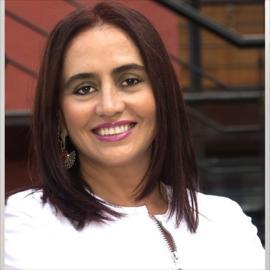 Dra. Alicia  Yépez Aguirre, Odontología