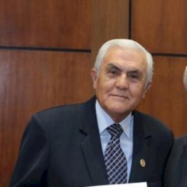 Dr. Carlos Yerovi, Colposcopia